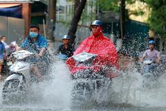 Dự báo thời tiết 3/5: Hà Nội mưa dông ngày Quốc tang