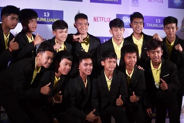 Đội bóng Lợn Hoang Thái Lan nhận 2 tỷ/người từ dự án phim giải cứu
