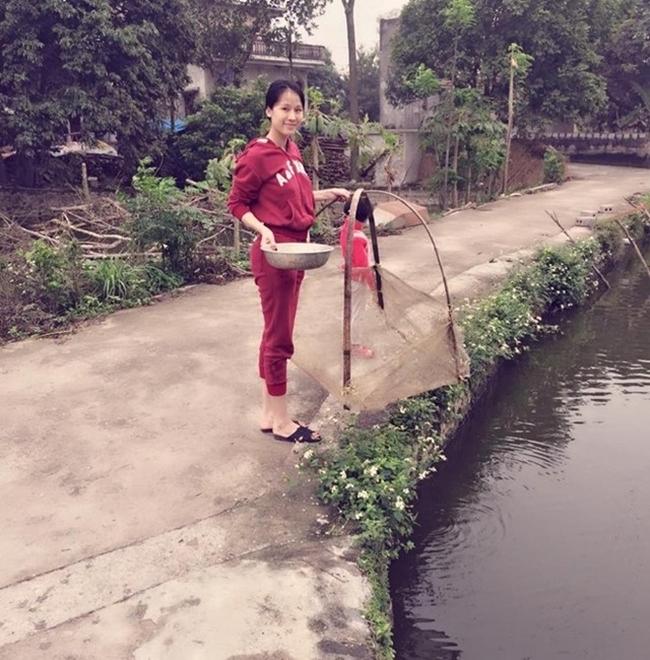 Hoàng Thùy Linh,Lê Thúy,Thái Hà