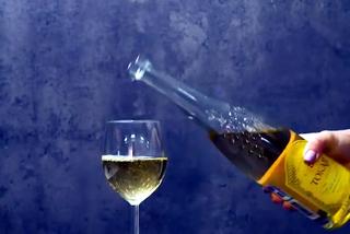 Mở rượu với bật lửa, khử mùi tanh từ cá và các mẹo thần kỳ trong bếp