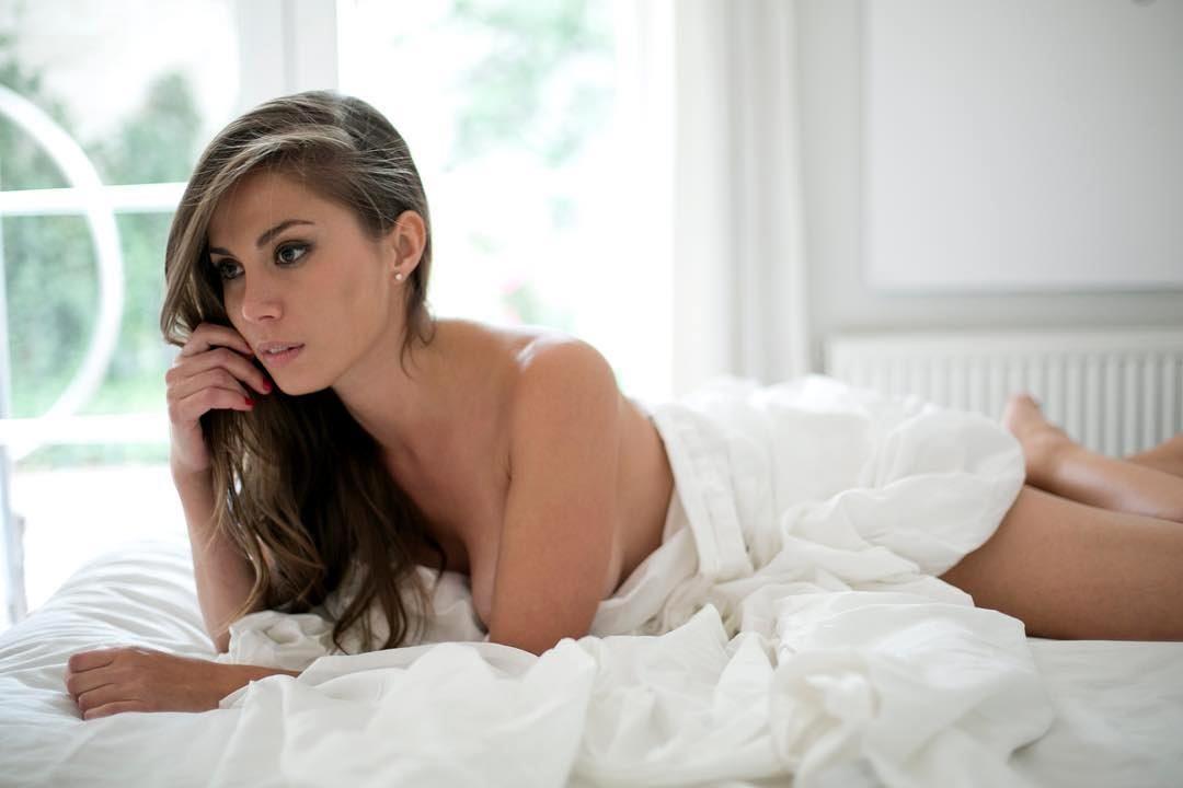Nữ hoàng sắc đẹp Uruguay chết bí ẩn trong khách sạn nước ngoài