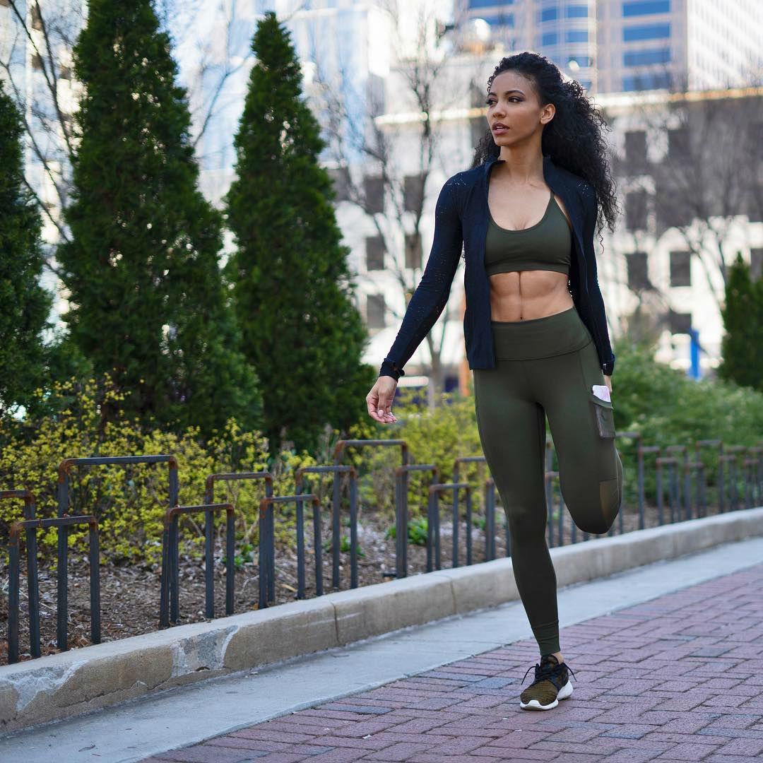 Nữ luật sư da màu bất ngờ đăng quang Miss USA 2019