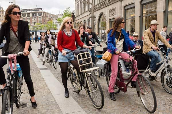 xe đạp,xe hơi,Hà Lan,tai nạn
