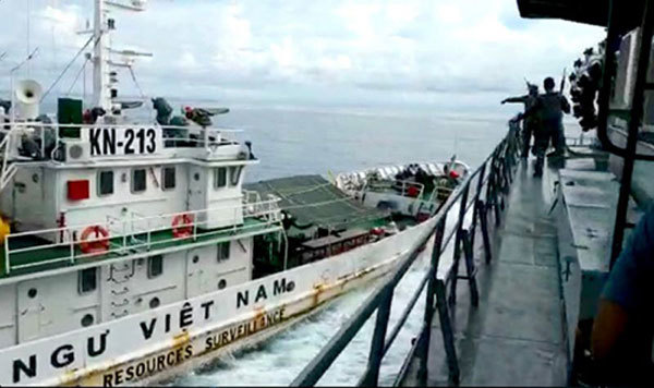 Vietnamese fishermen illegally detained,Indonesia,demand release