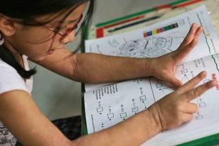 Trẻ em nên tiếp tục tính toán bằng ngón tay