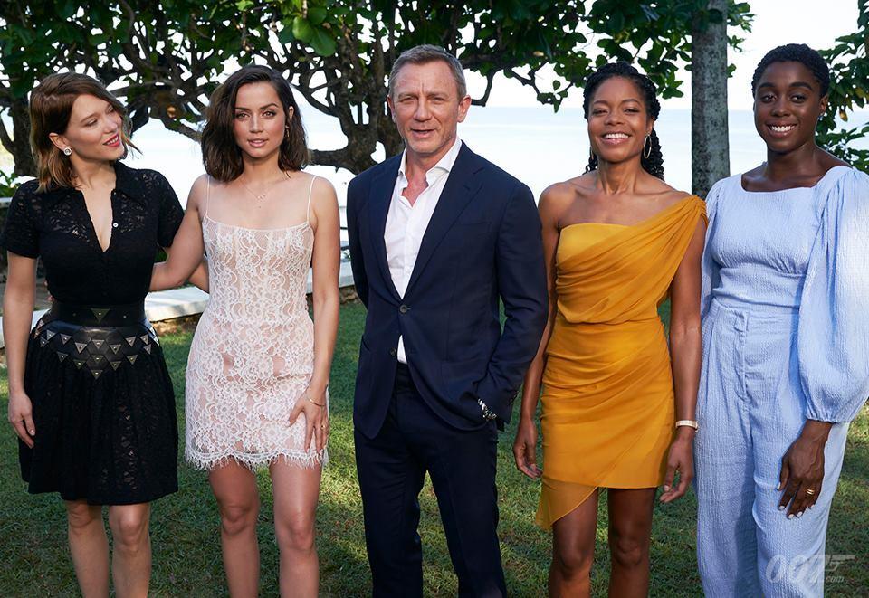 Bondgirl mới xứng tầm các đàn chị về độ sexy