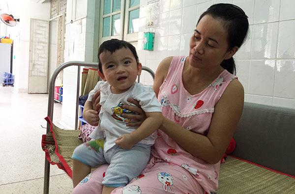 dính khớp sọ,dị tật bẩm sinh,hoàn cảnh khó khăn,bệnh hiểm nghèo,từ thiện vietnamnet
