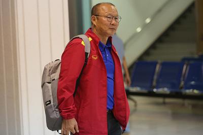 """Thầy Park """"hờhững"""" với tiền đạo Việt kiều Alexander Đặng"""