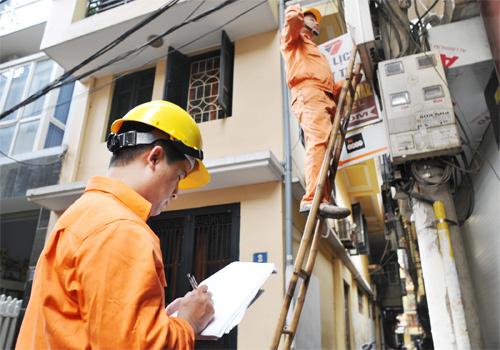 Mức tăng gây bức xúc, Thủ tướng yêu cầu làm rõ về giá điện
