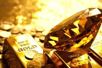 Giá vàng hôm nay 4/10, chưa hết bất ổn, vàng vẫn tăng nóng