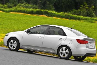 Hyundai và Kia bị tố bán xe lỗi túi khí ra thị trường