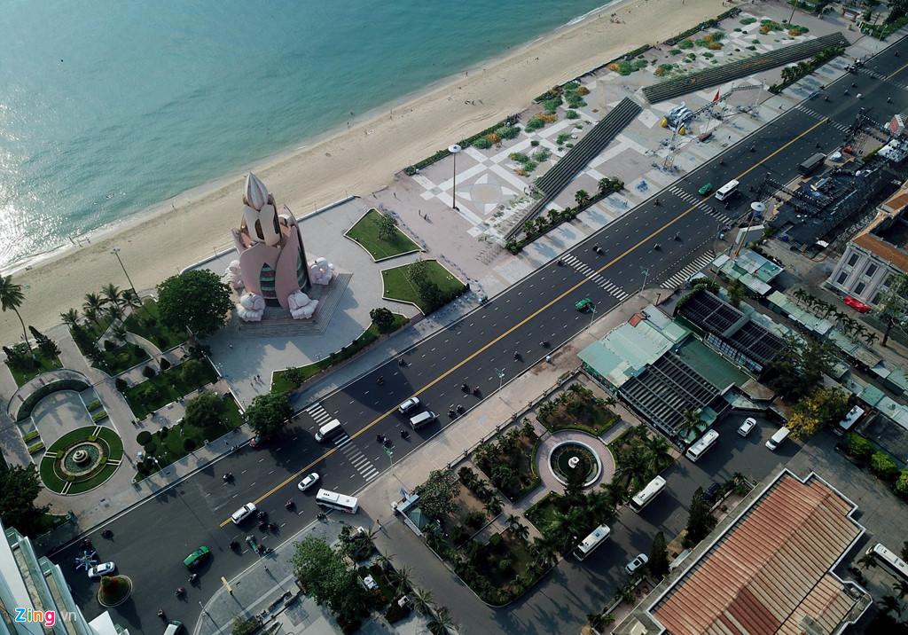 Tuyến đường 'triệu đô' sầm uất nhất phố biển Nha Trang