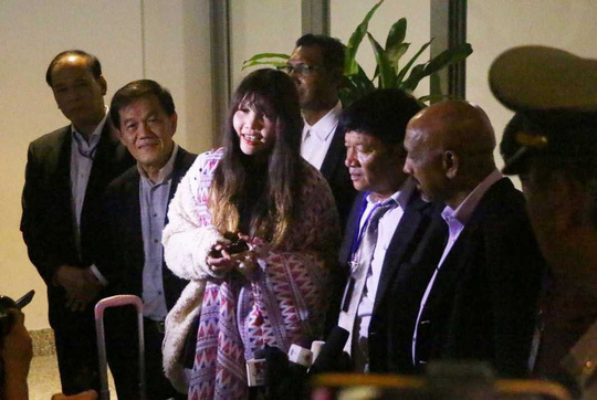 Vietnamese woman in N. Korea murder case arrives home