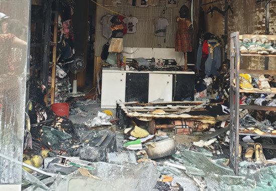 Đến đòi con bất thành, chồng cũ tẩm xăng đốt nhà vợ cũ ở Hải Phòng