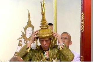 Xem nghi lễ nổi bật nhất của lễ đăng cơ lịch sử ở Thái Lan