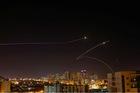 Israel bị dội mưa tên lửa suốt 14h liên tiếp