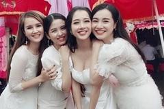 Những cặp chị em gái được khen ngợi về nhan sắc của showbiz Việt