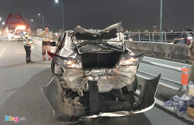 tai nạn,giao thông,va chạm xe,vỏ xe