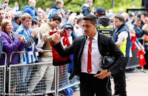MU thở phào, Sanchez đến Inter Milan kiểm tra y tế
