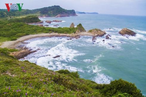 Co To Island – blue pearl in the Tonkin Gulf
