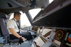 VNA: đào tạo phi công 7-8 năm rồi bị 'vợt' mất