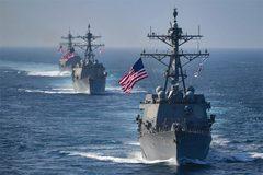 Căng thẳng với TQ leo thang, Mỹ điều tàu chiến tới Biển Đông