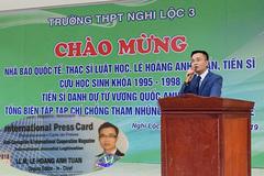 Ông Lê Hoàng Anh Tuấn xưng danh 'nhà báo quốc tế' là lộng danh