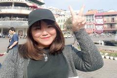 Giúp bạn mang quà từ Nhật về biếu người thân, cô gái Việt bị tố đổi quà