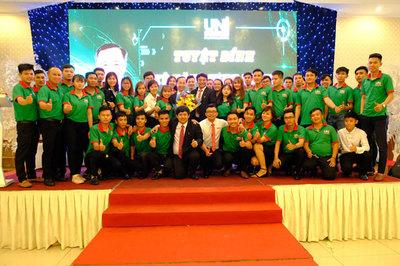 Trang bị 'Tuyệt đỉnh kỹ năng kinh doanh' cho nhân viên Uniland