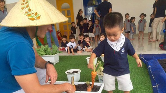Private schools in HCMC outweigh public ones in attracting learners, teachers