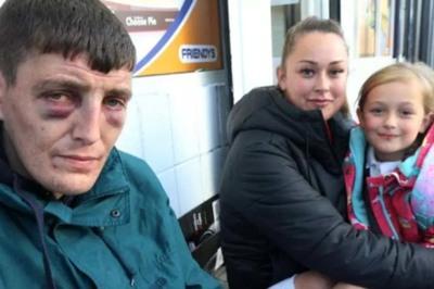 Bất ngờ với cách nhận tài trợ của người đàn ông vô gia cư