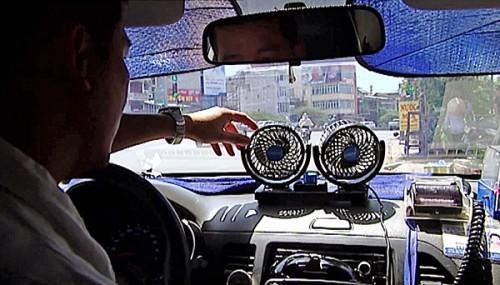 Giá xăng tăng kỷ lục: Cách sử dụng ô tô đỡ tốn xăng