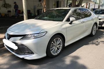 Toyota Camry Thái chạy nửa tháng, vẫn hét giá 1,5 tỷ