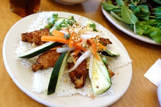 Azcentral lists the best yet unknown essential Vietnamese dishes