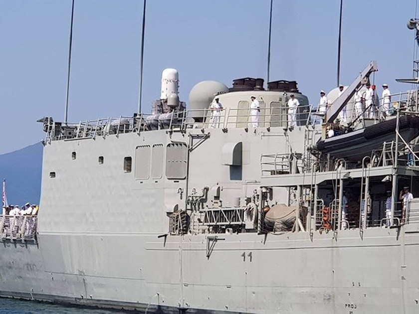 Australian royal navy ships conduct goodwill visit to Vietnam
