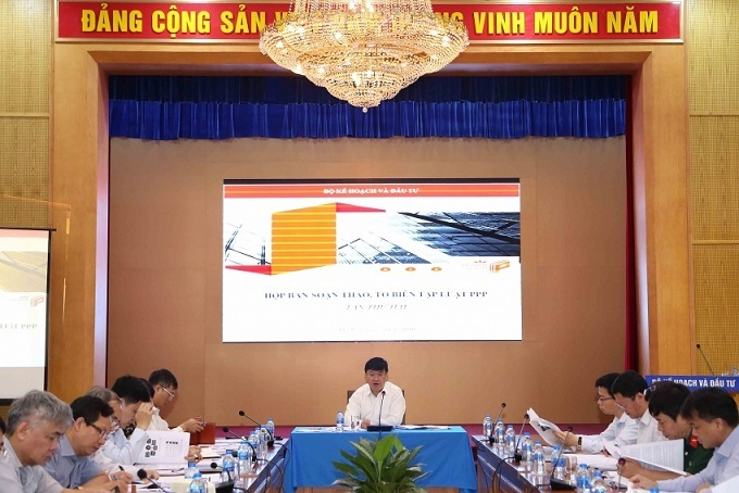 Vietnamese experts and ministries divided on draft law on PPP
