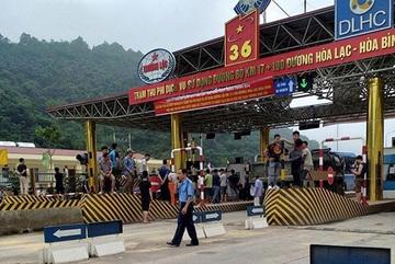 BOT Hòa Lạc - Hòa Bình phải xả trạm khi vừa thu phí