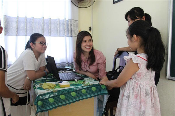 Da Nang students learn how to protect themselves from abuse