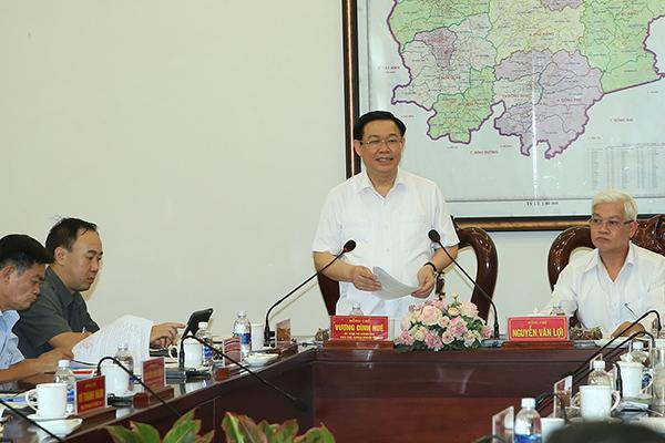Bộ Chính trị kiểm tra công tác cán bộ một loạt bộ ngành, địa phương