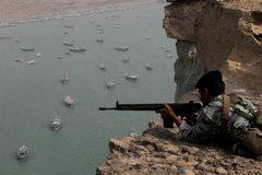 Điều tàu sân bay dằn mặt Iran, Mỹ gặp bất lợi lớn