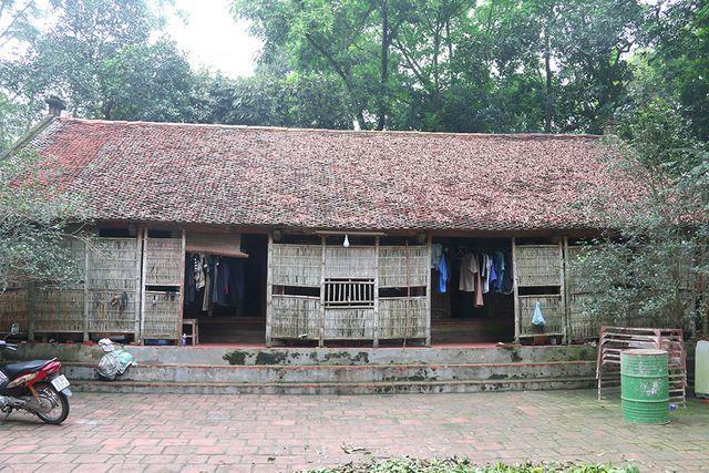 nhà cổ