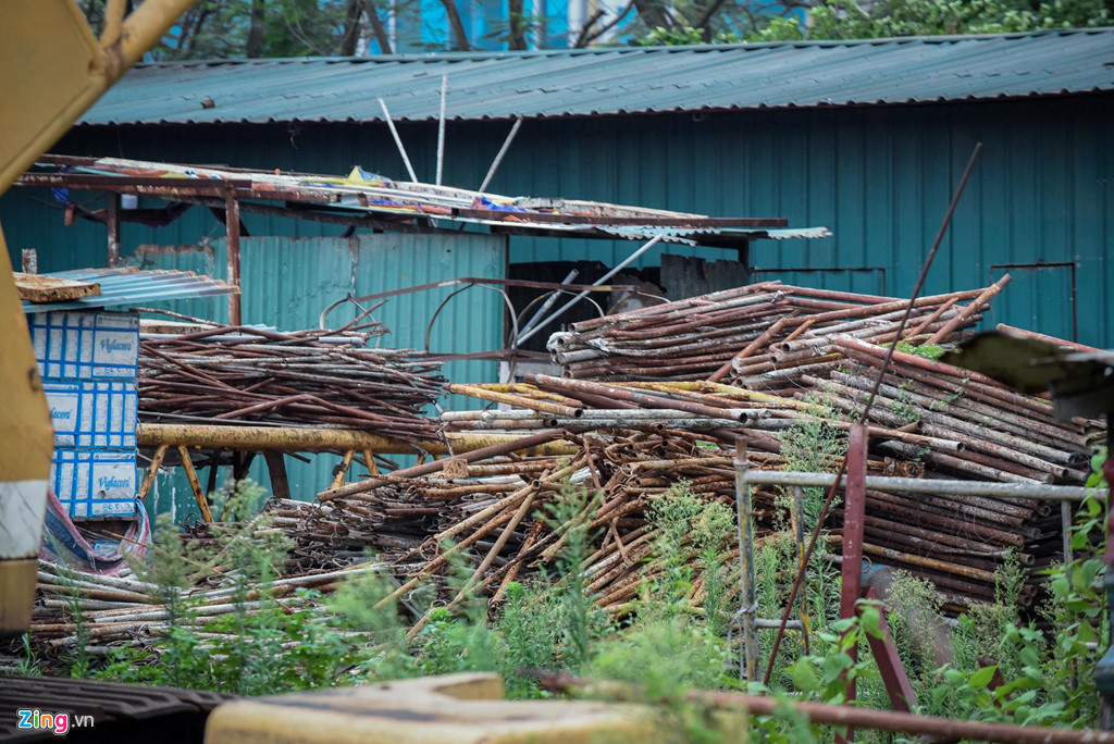 dự án bỏ hoang,chung cư,nhà bỏ hoang,đất vàng