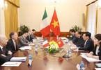 Top legislator hails growing Vietnam-Italy strategic partnership