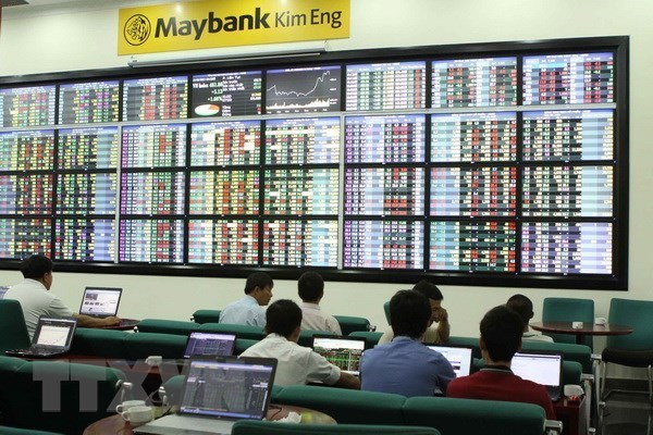 VN stock market sees positive growth in Q1