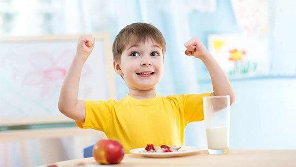 Trẻ ít đau ốm nhờ kháng thể tự nhiên IgG từ sữa non