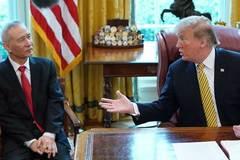 Hai lần gọi tên Việt Nam: Donald Trump khiến thị trường dậy sóng