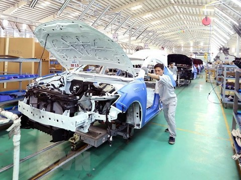 VN government leader requests steps to develop automobile manufacturing