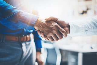 Proposing moves for supporting future businesses