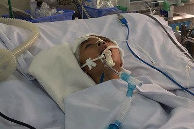 Bé Trần Văn Đạt đã đủ tiền chữa bệnh