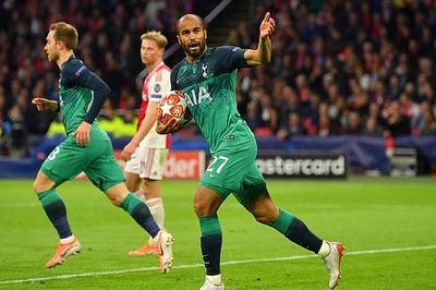 Xác định hai đội vào chung kết Champions League